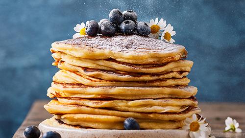 Pancakes with powder sugar
